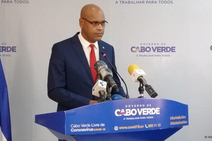 minister of state, parliamentary affairs and the Presidency of the Council of Ministers and Sport, fernando elísio freire